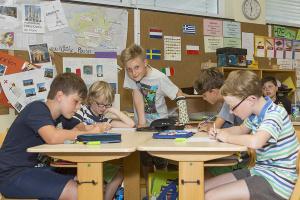 Heinrich-Grupe-Schule – Tischgruppenarbeit