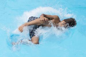 Freibad Rosdorf – Landung im Wasser